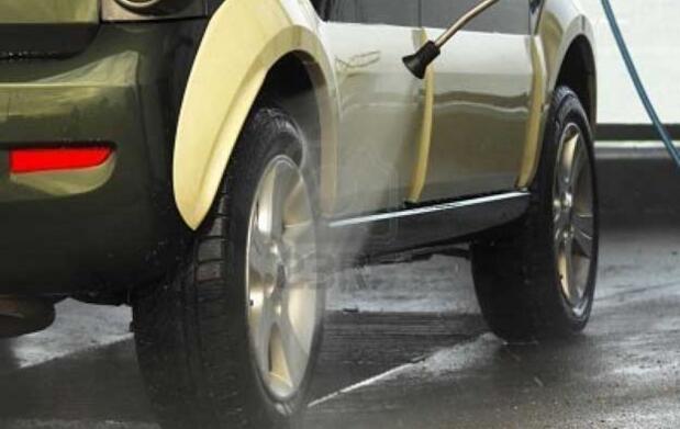 Lavado completo y revisión del coche