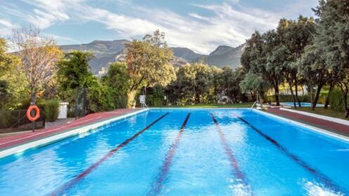 Granada: Güéjar Sierra. 2 ó 3 noches en Campin Las Lomas