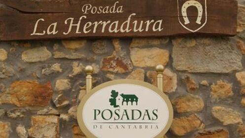 Escapada rural 1 o 2 noches en La Herradura con opción a actividad