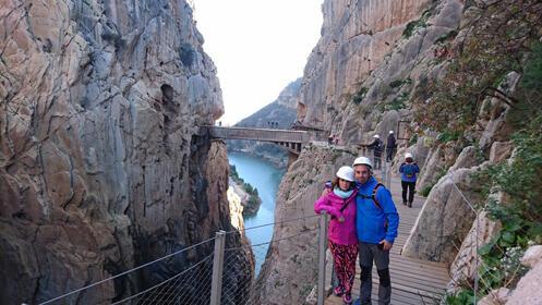 Puente del Pilar. Viaje a Marbella, Antequera y Caminito del Rey