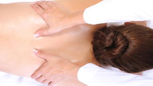 Masaje relajante de cuerpo completo