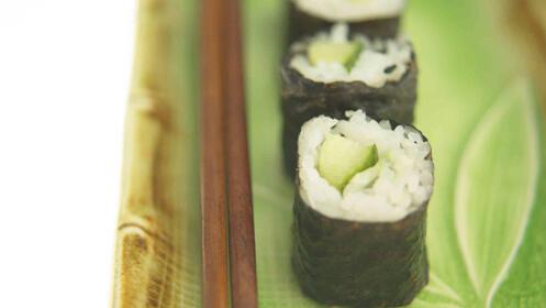Menú degustación de comida japonesa, para 2 personas